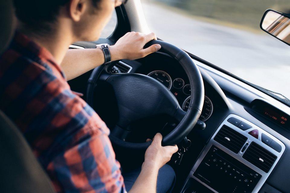 Consejos para conducir con seguridad en Ecuador