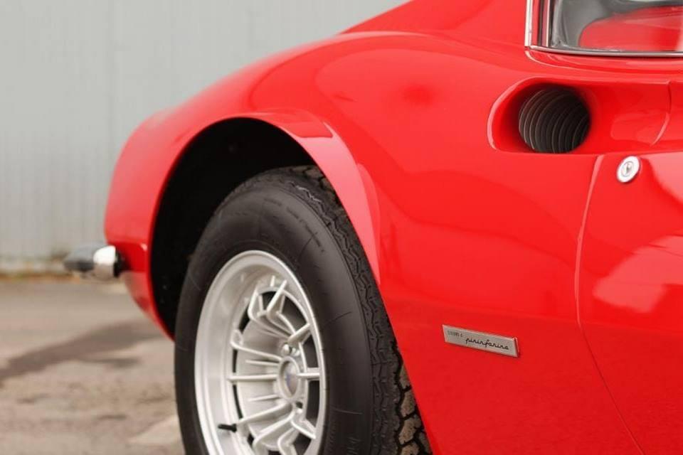 Dos exclusivos Ferrari buscan nuevo hogar
