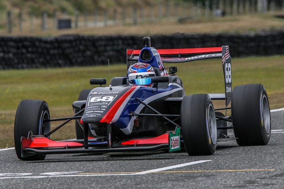Juan Manuel Correa sigue acumulando experiencia en el Castrol Toyota Racing