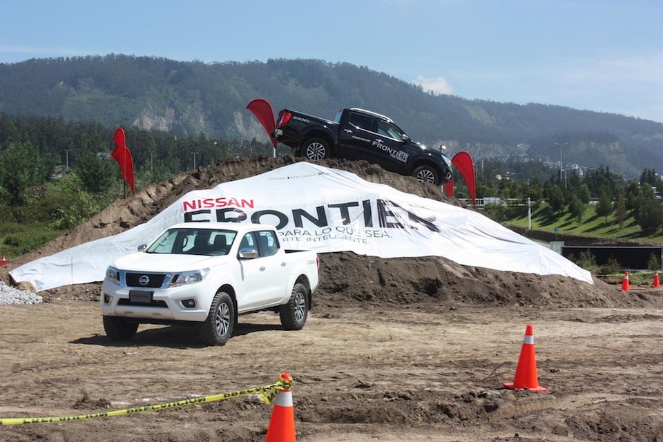 Nissan Frontier, una pick up con una impresionante capacidad off road