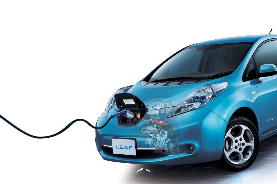 Nissan ratifica su compromiso con el desarrollo de la movilidad eléctrica