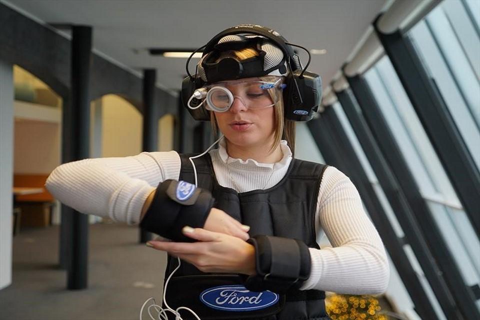 Un traje Ford que simula un chuchaqui, puede salvar vidas