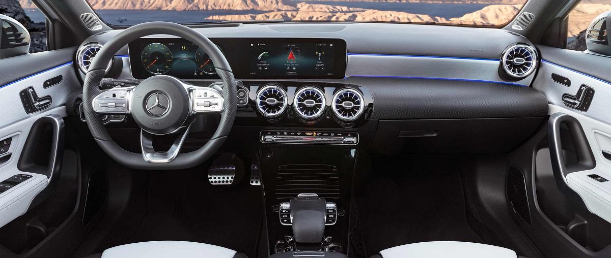 mercedes-benz-vehicles-2018-a-class-w-177-amg-line-interior