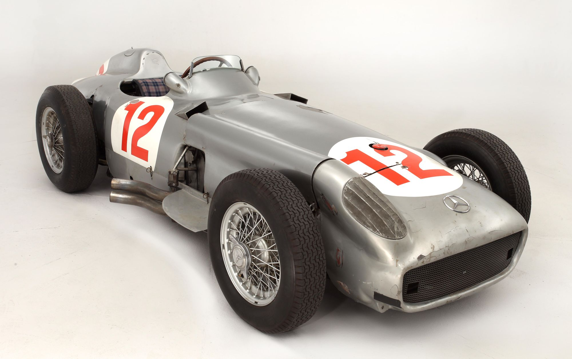 mercedes-formula1-plomo