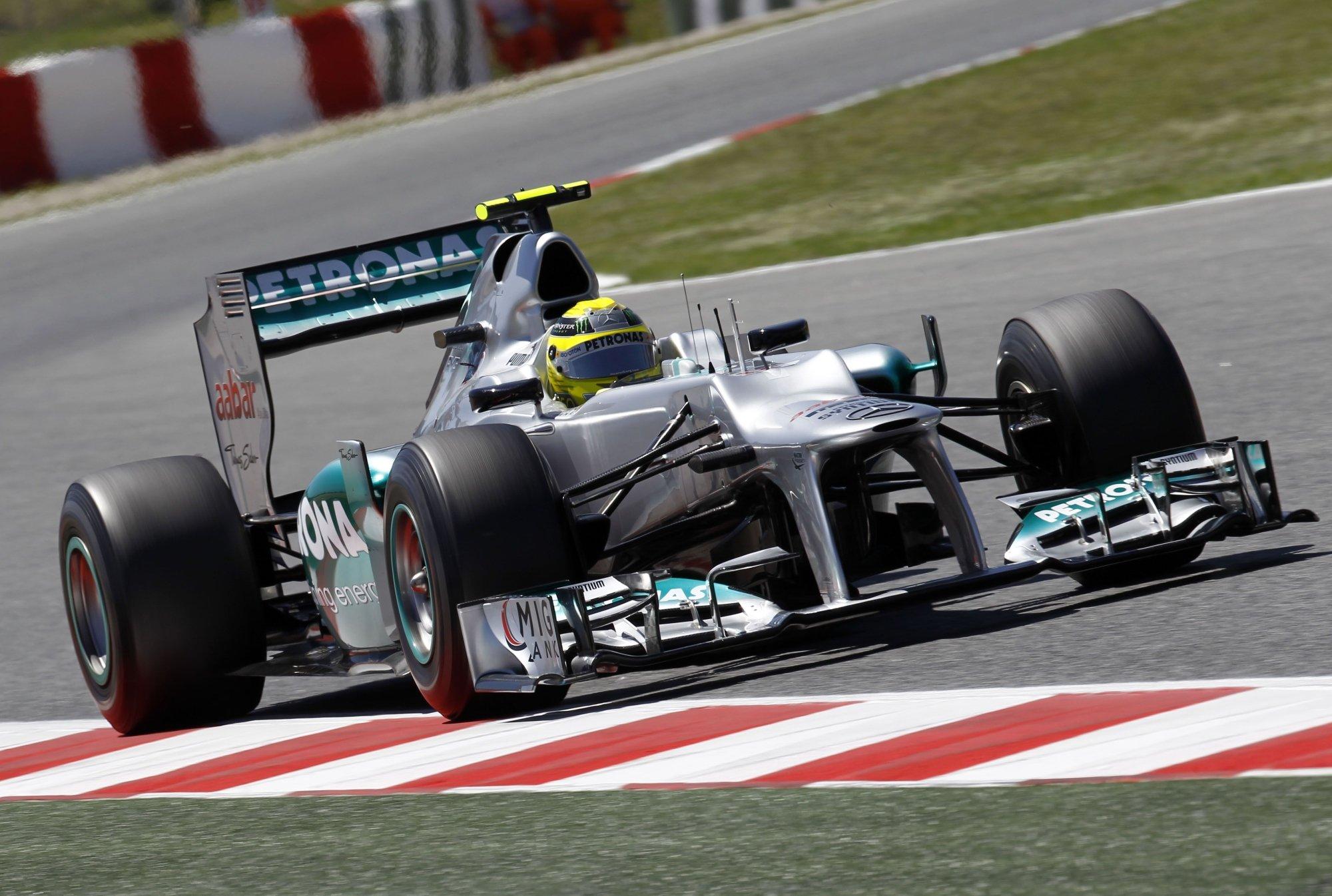 mercedes-formula1-carrera