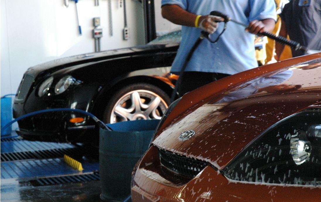 lavar_coche