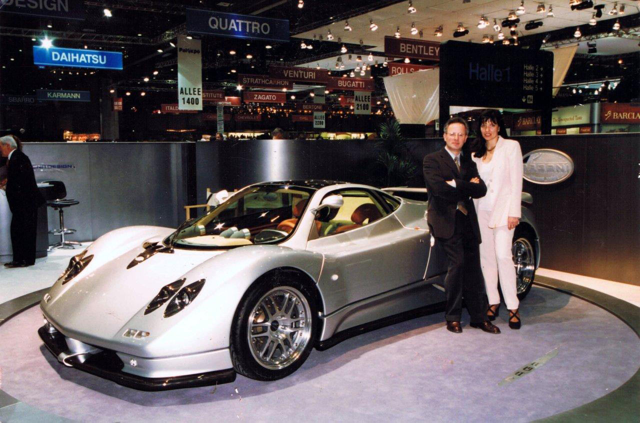 zonda-c12-geneva-motorshow-1999