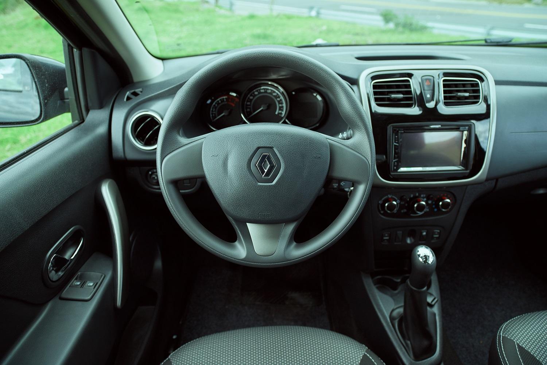 renault-crossover-interior-1